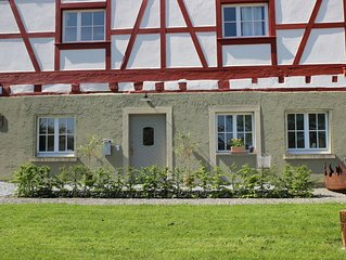 Zauberhafte Ferienwohnung mit Seeblick (100 Meter vom Bodensee)