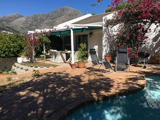 Familienfreundliches Ferienhaus mit viel Sonne, Pool und herrlicher Aussicht
