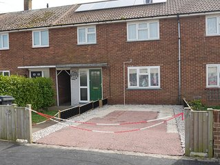 Holiday home with golf nearby in Deal