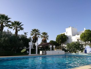 Tavira Gardens, Spacious, attractive two bed two bathroom apartment with pools