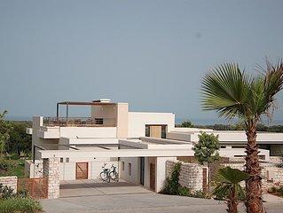 Sur le Golf de Mogador, splendide Villa,vue sur Ocean, piscine privee chauffee