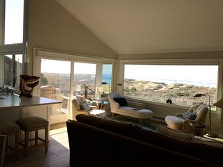 On beautiful Monterey Bay!! Pristine, remodeled townhome