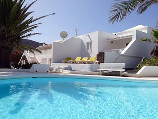 Private 5 bed Villa in Playa Blanca  Private Pool, All UK TV, BBC/ITV/SKY/BT