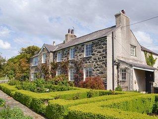 4 bedroom accommodation in Llanfairfechan, near Bangor