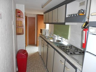 6 BERTH LEISURE/HOLIDAY STATIC CARAVAN CLOSE TO 3 ON SITE FISHING LAKES