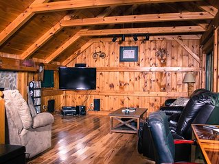 Cute Cabin in the Mountains, Pet Friendly*