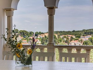 Spacious House Alma apartment in Veli Lusinj with WiFi, air conditioning, privat