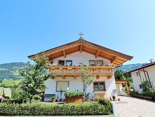 Cosy Apartment in Kitzbuhel near Ski Lift