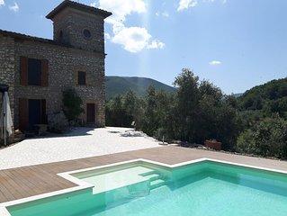 'La Palombara di Casperia', meraviglioso casale in pietra con piscina panoramica