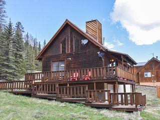 Monty's Campfire Cabin