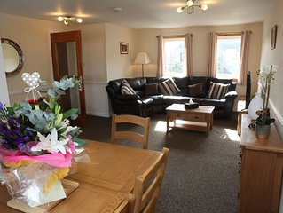 Castleyards Apartment 2 - A Beautiful Two Bed Apartment in Central Kirkwall