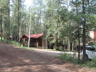 East Fork Cabin 2, Just a short stroll to the Little Colorado River