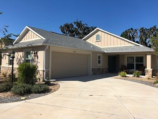 EXCELLENT WATERFRONT LOCATION!  Courtyard Villa Convenient to Brownwood Square!