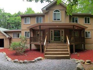 3500+sf Poconos / Lake Naomi Vacation House