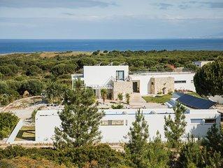 Villa premium de 3 quartos numa quinta com 3  hectares, piscina e vista mar