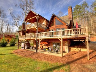 Luxury, Toccoa River Front, Fishing, 3 Fireplaces, Kayaks