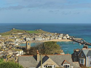 2 Bedroom 2 Bathroom  Apartment With Panoramic Views Of St Ives, WIFI, parking