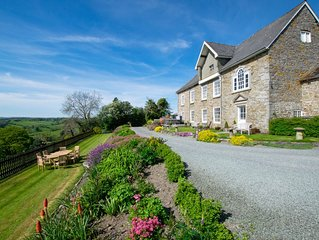 Spectacular country house in tranquil Mid Wales countryside, boasting panoramic