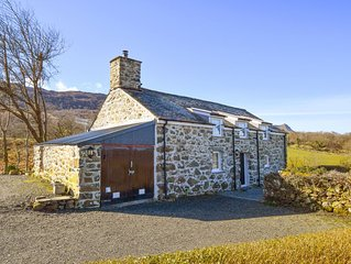 This is the very epitome of cosy countryside living. This peaceful cottage, loca