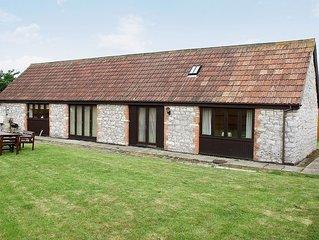 2 bedroom accommodation in Kewstoke, Weston-super-Mare