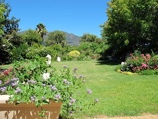 Central position with beautiful garden, mountain views and is on the wine route