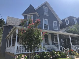 New Reno, Ocean-side Large House Best Beach Haven location
