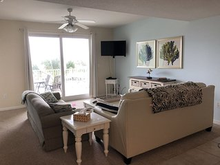 Pet Friendly condo available for daily/weekly/monthly rental