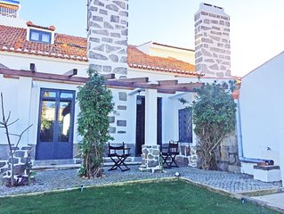 Amazing Guest House near Cascais and Sintra (Bed & Breakfast)