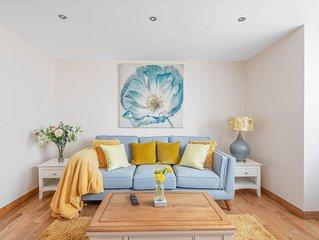 Cumberland House - 2 Bedroom Seaside Duplex Apartment