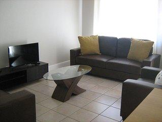 Erica Palm Apartments - Strelitzia Apartment