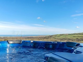 4 bedroom accommodation in Staithes, near Whitby