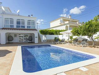 A modern,stylish, well furnished villa perfect for relaxing with family/friends