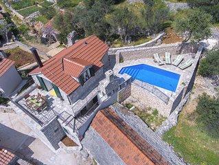 Holiday home Tomislav, (15564), Vinisce, Trogir riviera, Croatia