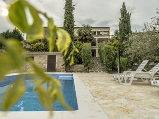 Authentic Istrian Villa with pool and scenic view