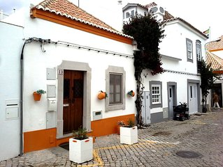 CHARMING COTTAGE IN TAVIRA CENTRE & BY RIVER. FREE Wi-Fi, UKTV & PRIVATE TERRACE