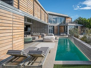 Sophisticated Serviced Camps Bay Villa