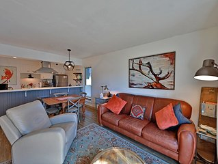 Meadow Ridge Court 4 Unit 5. Modern Updates in Meadow Ridge with BEST Clubhouse