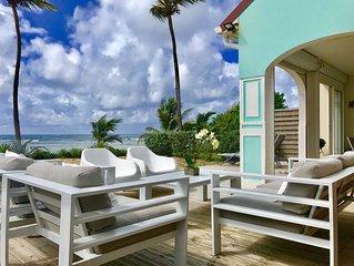 PROMO Duplex de luxe , deco tres raffinee , sur la plage , les pieds dans l'eau