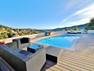 Belle villa  avec piscine et jacuzzi vue mer sur baie de Cannes et  Esterel