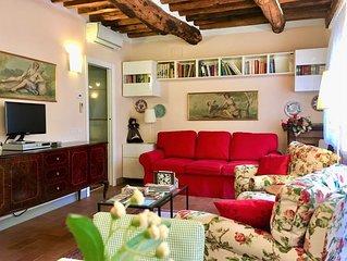 Lucca, nuovo, arioso, soleggiato Appartamento tipico nel centro di Lucca