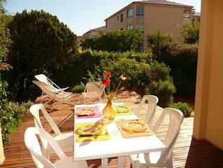 Agréable T3 en rez de jardin avec terrasse, piscine, wifi, parking