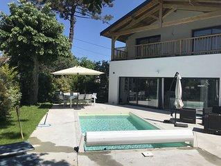 Belle villa neuve avec piscine chauffee