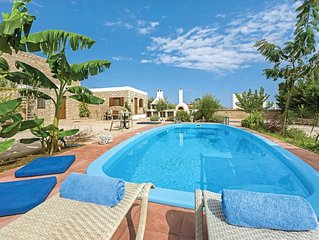 High spec family villa w/ spacious accommodation and al fresco dining