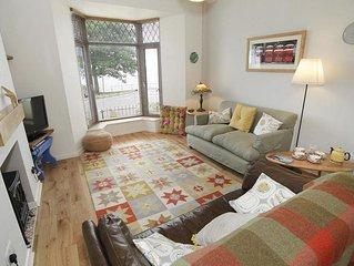 Casa Lina, Mumbles - Two Bedroom House, Sleeps 4