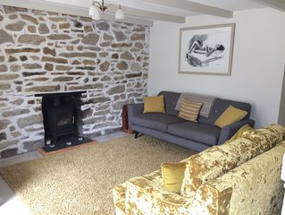 Traditional Cornish Cottage In The Lovely Rural Village Of Perranwell Stn Betwee