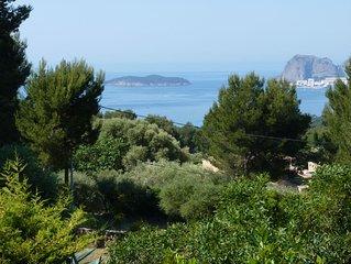 Villa 3 etoiles de charme belle vue mer et piscine plein sud.