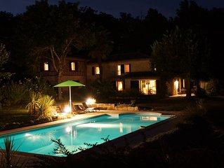 Auch ,Maison grand standing 1km du centre  et au calme ,piscine ,parc ,wifi,