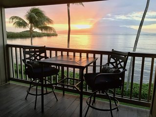'Aloha Kai' Oceanfront on Molokai, Top Floor, Modern, Peaceful Comfort, Pool