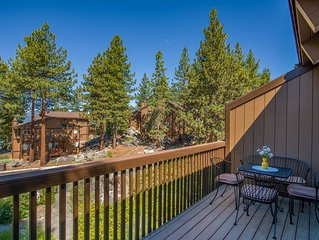 Beautiful Tahoe Chalet, Perfect Location,1/4 m from Beach,Shopping,Casinos & Fun