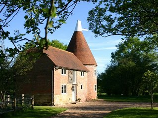 A beautiful detached oast housewithin easy reach of local amenities just outside